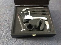 Wine gift set, all in original packaging. Includes lever corkscrew