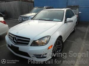 2014 Mercedes-Benz C300 4MATIC Avantgarde Edition w/Parktronic