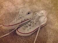 Unisex white converse high top trainers Size 2