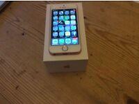 iPhone SE 16gb Rose Gold - 2 weeks old