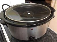 Slow cooker £10