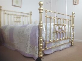 Double Brass bedstead, very good condition, mattress not included.