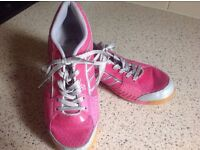 Butterfly Sports Shoes Size EUR37