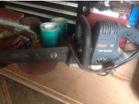 Bosch heavy duty saw electric