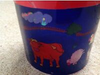 Farm Animal Lamp, Revolves and Projects