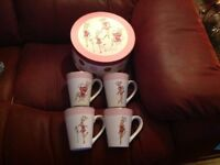 4 ROSANNA REINDEAR MUGS AND 4 ROSANNA REINDEAR SALAD PLATES NEW BOXED
