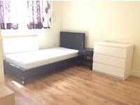 Clean and new refurbished beautiful house close station