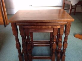 Nest of 3 Tables - Old Charm Style