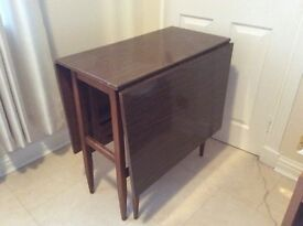 Drop leaf table good condition