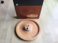 Round Rubberwood Chip Tray and Ceramic Dip Bowl