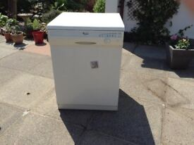 Whirlpool Dishwasher in excellent condition