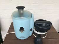 Skyblue juicer for fruits and veg ..Le dua Magimix