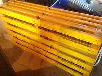 Double futon base, sturdy and in excellent condition