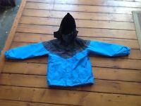 Trespass ski/snow jacket blue/black 9/10 years