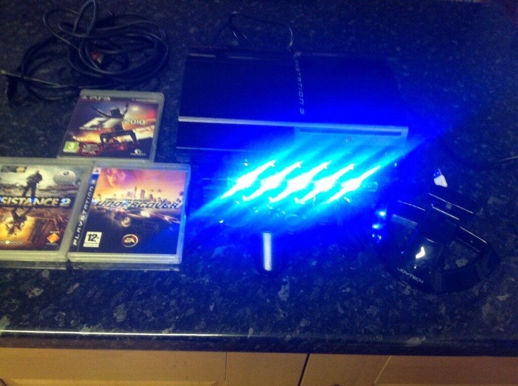 PlayStation 3 Bundle, fully working, light bar included , £125 ono