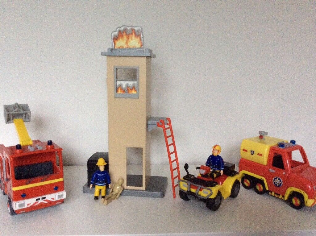 Fireman Sam playsets excellent condition