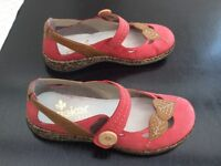 Rieker beautiful ladies shoes almost new size 5