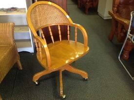Pine captains chair