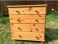 Lovely 4 drawer pine chest of drawers