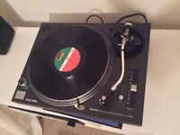 Technics 1210 mk3 Turntable for sale (mint condition)