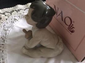 NAO/Lladro figurine