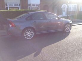 Volvo S40 2.4D R design leather ,heated seats ,climate control,lovely car