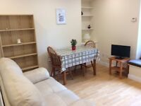 Lovely 2-bed flat available now until 31st August, 15min walk to Kings College, Union St & Beach!