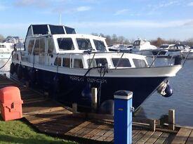 Molenkruiser 42ft Dutch Steel Cruiser - Ideal Liveaboard