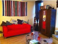 Spacious 2 Bedroom Flat, Hyde Park, LS6