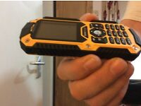 WATERPROOF - DUSTPROOF - SHOCKPROOF - LOUD - RUGGED BUILDERS MOBILE - DUAL SIM - UNLOCKED - PRESTINE