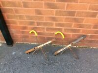 Universal ladder clamps