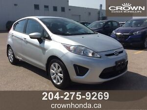 2013 FORD FIESTA SE - ONE OWNER, NO ACCIDENTS!