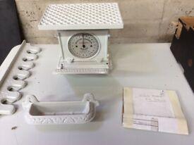 Jaraso Edwardian Scales - Matching Towel Rail & Soap Dish - Vintage VGC