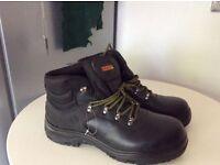 Men's waterproof hiker boots