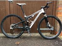 specialized carbon 29er full sus MTB with brand new brain shock. medium frame