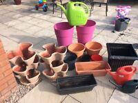 LARGE SELECTION OF PLANT POTS ETC £25 LOT
