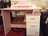 Demeyere Papillion Pink/White Desk
