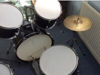 Full Drum Set perfect for beginners