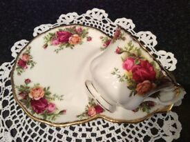 Royal Albert Bone China Old Country Roses Cup & Plate Tennis Set.
