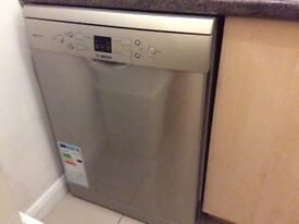 FREE!! Bosch high spec dishwasher, metal. excellent condition needs a replacement motherboard