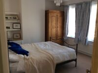 Large double room in period house old town