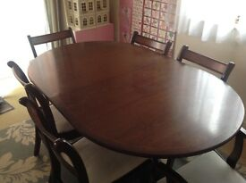 Great Solid Dark Wood Extendable Dining Table and 6 Chairs