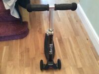 Micro maxi scooter black excellent condition