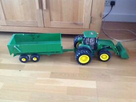 Toy Tractor & Trailer. Age 3 - 8yrs.