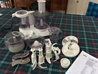 Braun food processor Combimax 700 with attachments, almost brand new