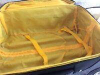 Black (patient &material)expanding cabin size suitcase ingood condition