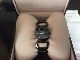GUCCI LADIES WATCH. BOXED WITH ORIGINAL RECEIPT AND IN GREAT CONDITION BARGAIN!