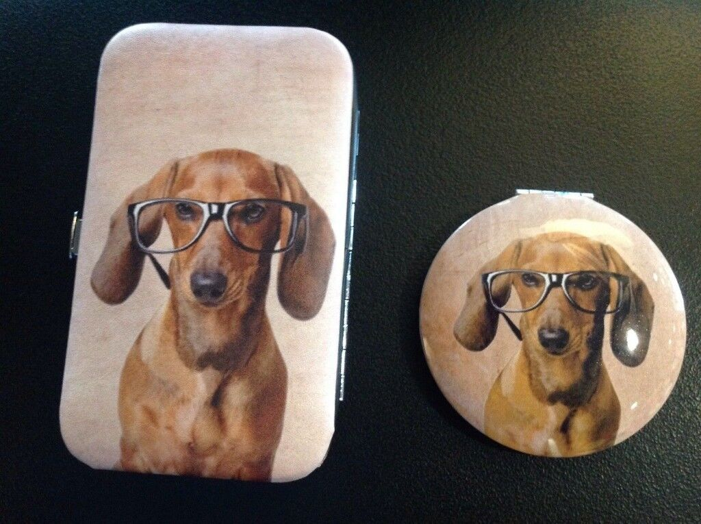 Dachshund / sausage dog Manicure set and compact mirror