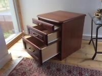 Mahogany 3 drawer chest