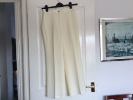 M&S Womens Trousers in Cream